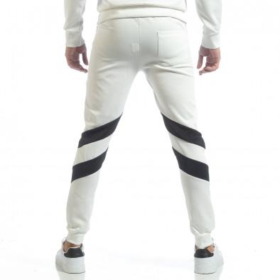 Мъжко бяло долнище с V ивици it040219-69 4