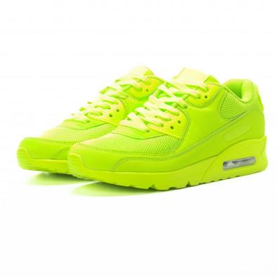 Мъжки маратонки с въздушна камера в неоново зелено it301118-1 3