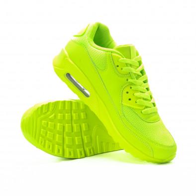 Мъжки маратонки с въздушна камера в неоново зелено it301118-1 4