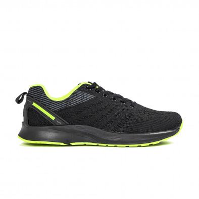 Черни мъжки маратонки с неонов акцент it270320-20 2