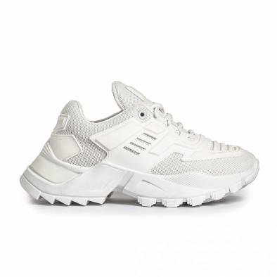 Дамски бели маратонки с гумиран детайл it280820-15 2