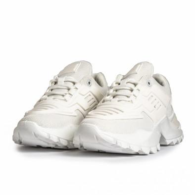 Дамски бели маратонки с гумиран детайл it280820-15 4