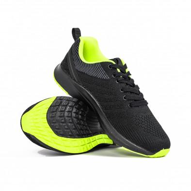 Черни мъжки маратонки с неонов акцент it270320-20 4