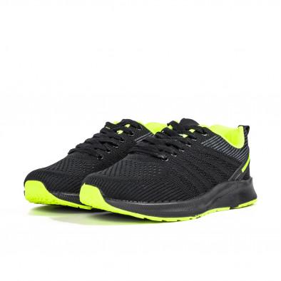 Черни мъжки маратонки с неонов акцент it270320-20 3