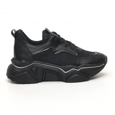 Черни дамски маратонки с акцент tr180320-19 3