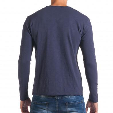 Мъжка синя блуза с остро деколте it180816-4 3