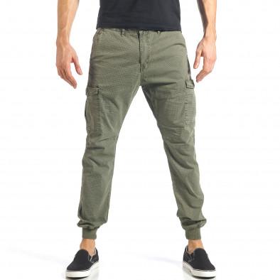 Мъжки зелен карго панталон с малки детайли по плата it290118-26 2