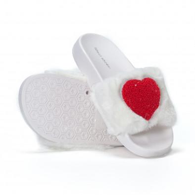 Дамски бели пухкави чехли със сърце it230418-52 4