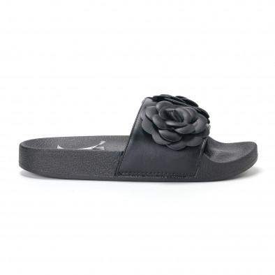 Дамски черни чехли с релефни цветя it230418-21 2