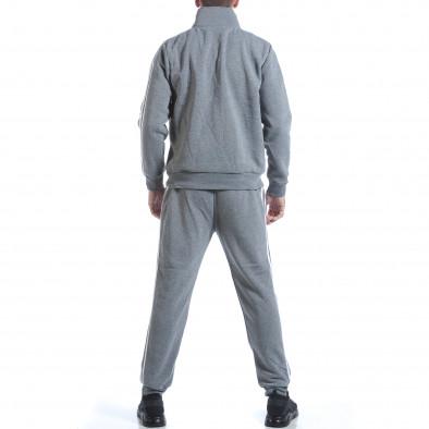 Мъжки светло сив спортен комплект с бели ленти it160817-72 3