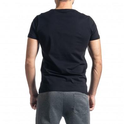 Мъжка черна тениска с релефен принт tr010221-25 3