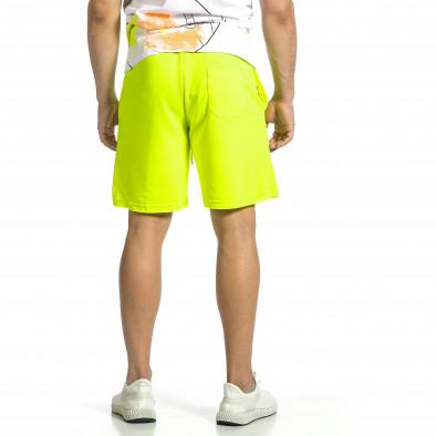 Трикотажни мъжки шорти жълт неон с принт tr150521-21 3