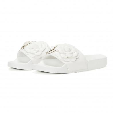 Дамски бели чехли с релефни цветя it230418-22 3