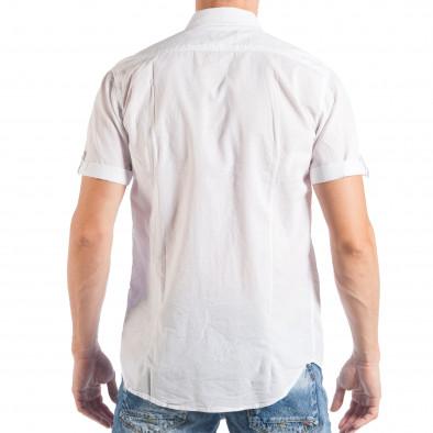 Бяла мъжка риза с къс ръкав и кръпки с различни десени it050618-3 3