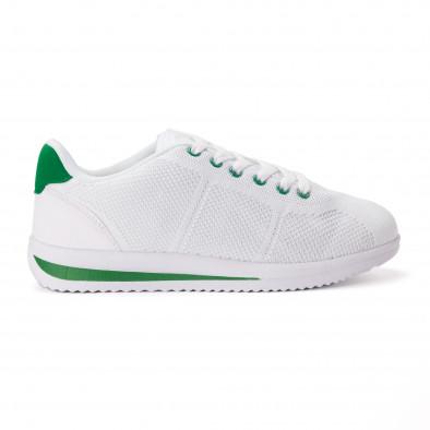 Леки мъжки маратонки от бял текстил със зелени акценти it020618-12 2