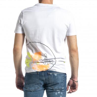 Мъжка бяла тениска с колоритен принт tr270221-38 3