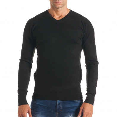 Мъжки черен изчистен пуловер с остро деколте it170816-46 2
