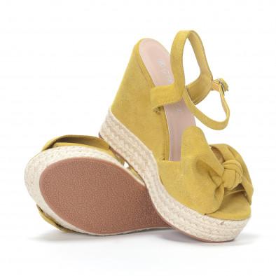 Дамски жълти сандали на платформа it230418-39 4