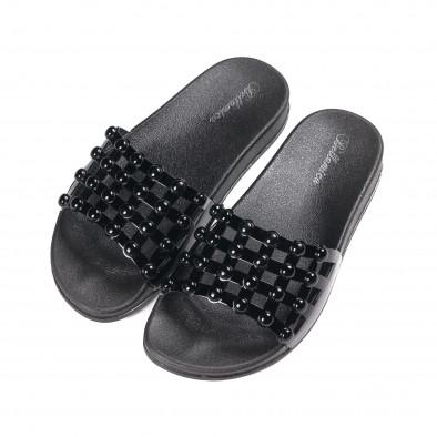 Дамски черни лачени чехли it010618-11 3