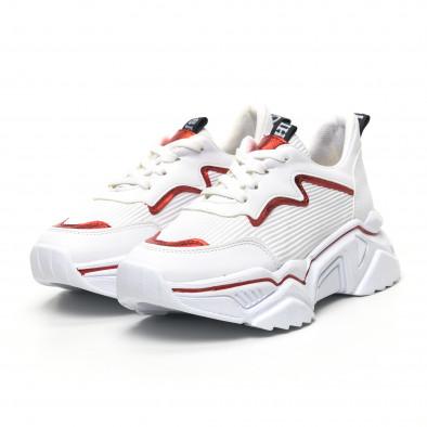 Бели дамски маратонки с акцент tr180320-18 2