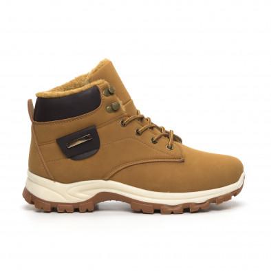 Мъжки трекинг обувки в цвят камел it260919-29 3