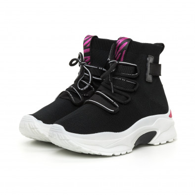 Черни дамски текстилни маратонки розов акцент it130819-42 3