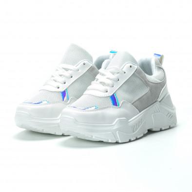 Бели дамски маратонки с обемна подметка it250119-37 3