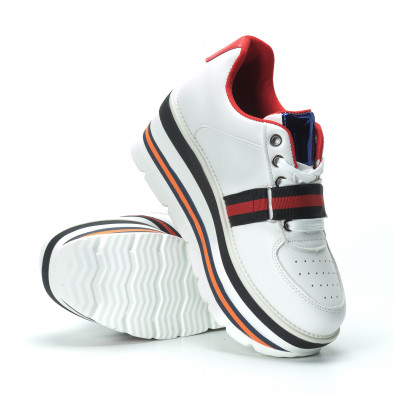 Ултрамодерни дамски маратонки в бяло с акценти it250119-66 5