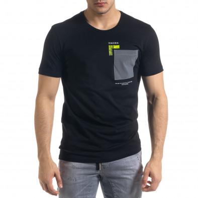 Черна мъжка тениска с джоб tr110320-40 2