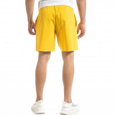 Мъжки жълти тренинг шорти с принт tr240420-21 4