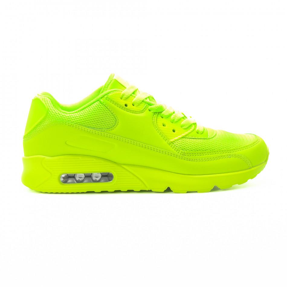 Мъжки маратонки с въздушна камера в неоново зелено it301118-1