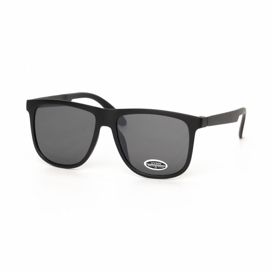 Traveler слънчеви очила в черно it030519-41