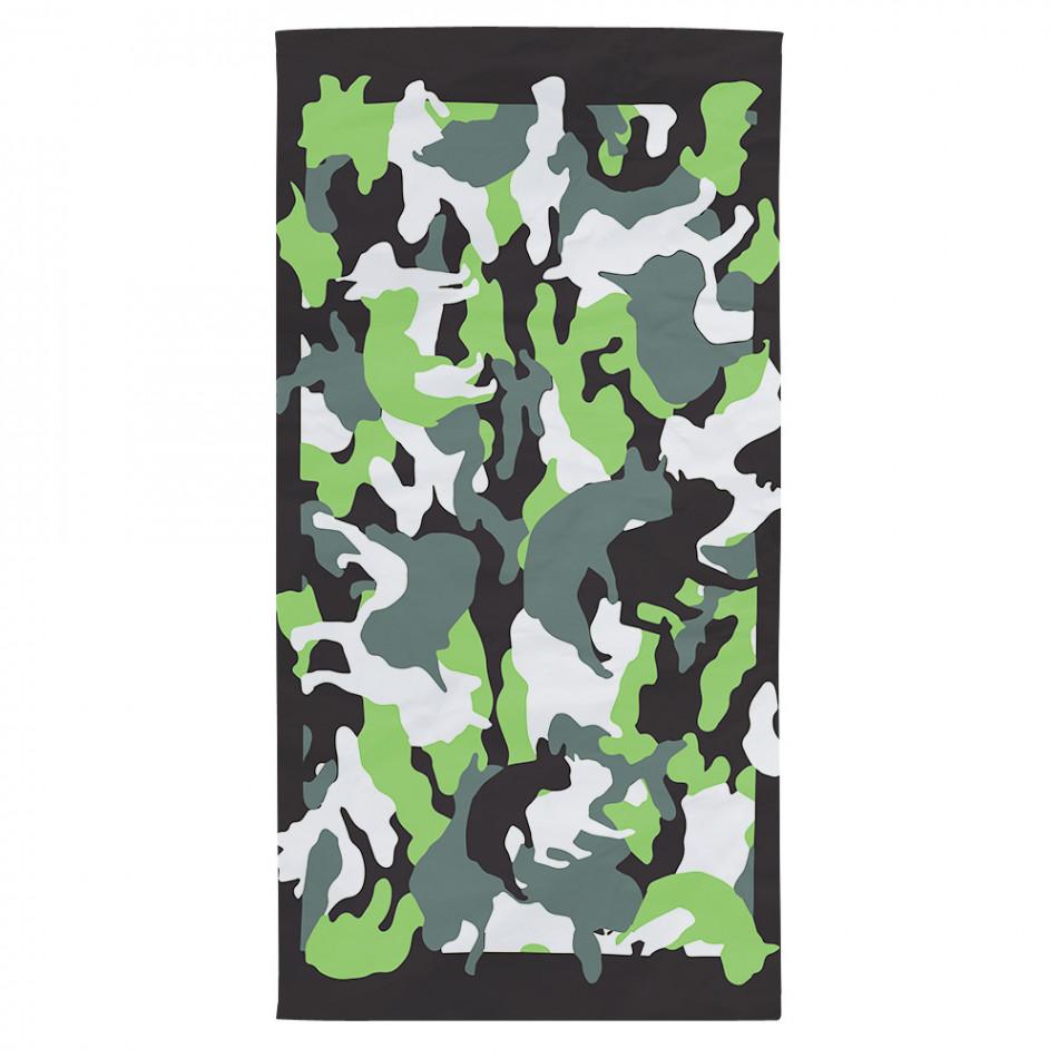 Черна плажна кърпа с шарени силуети на кучета tsf120416-7