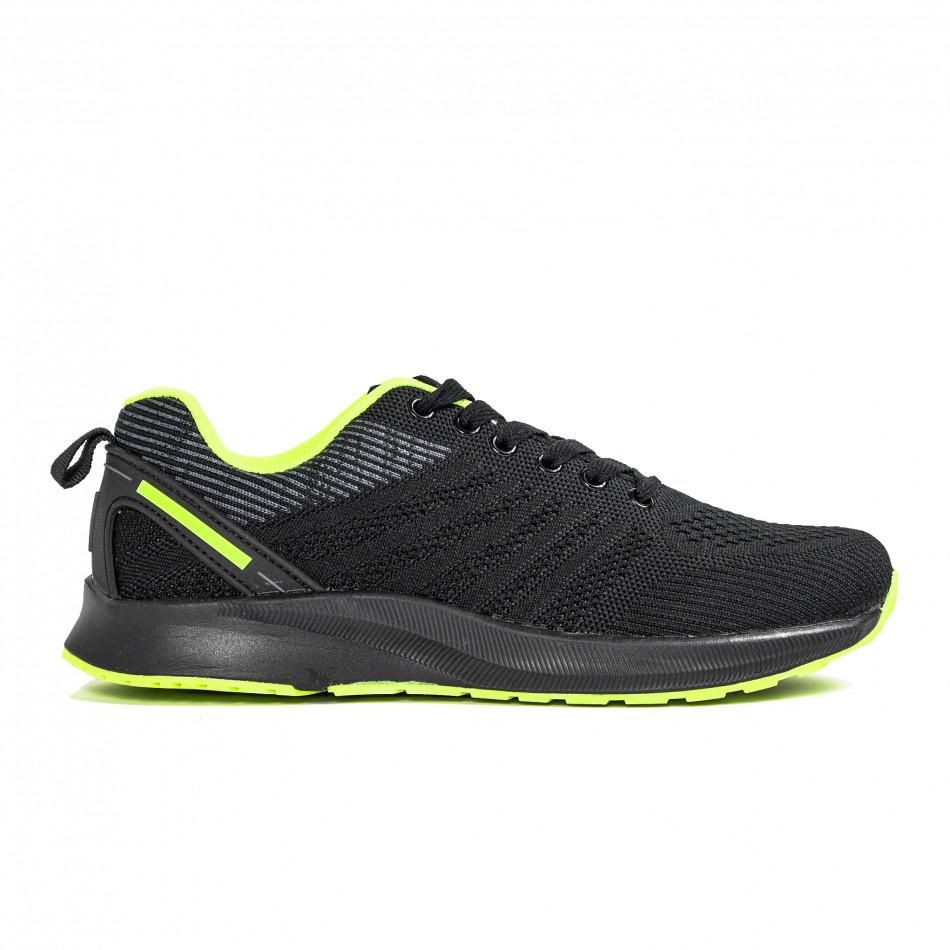 Черни мъжки маратонки с неонов акцент it270320-20