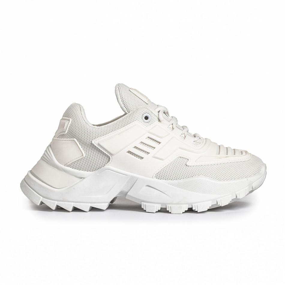 Дамски бели маратонки с гумиран детайл it280820-15