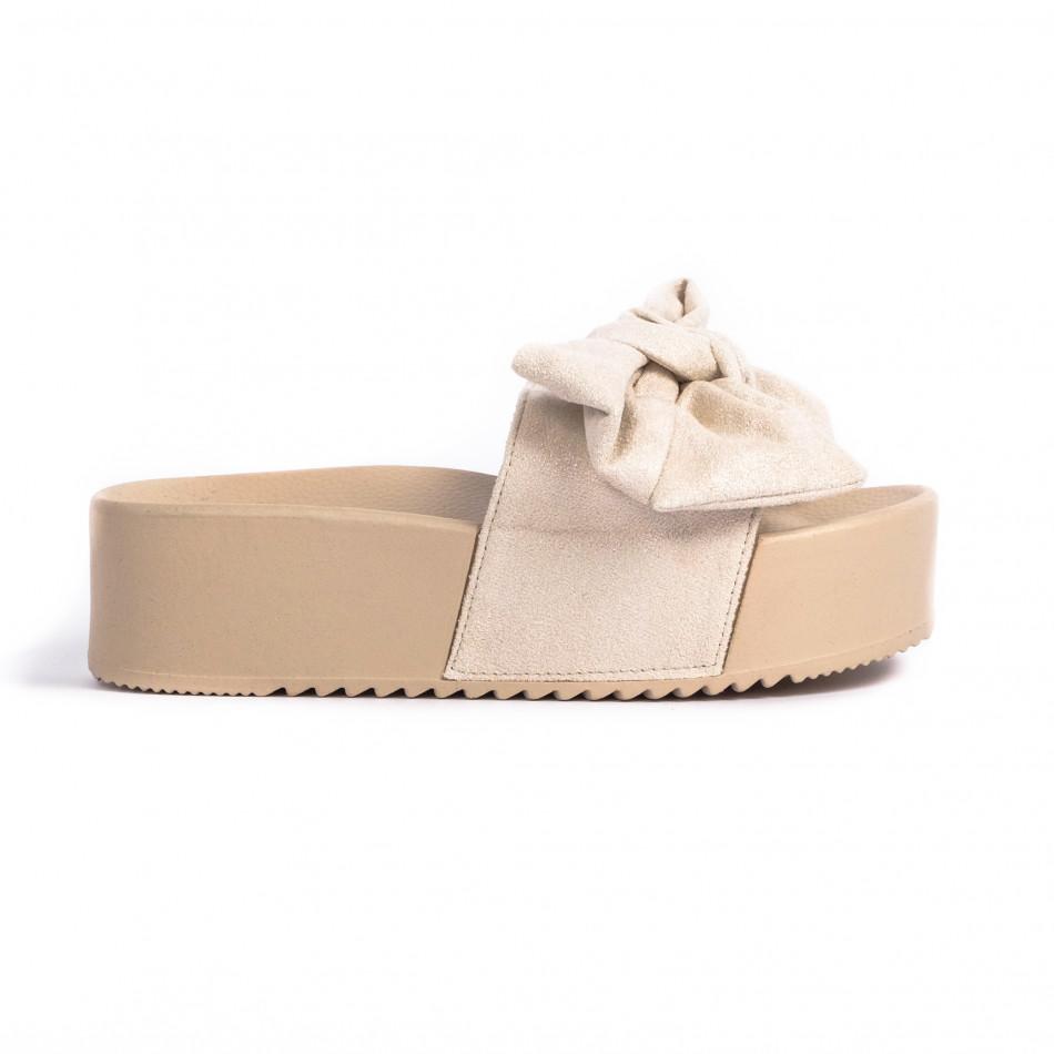 Бежови дамски чехли на платформа с панделка it030620-10