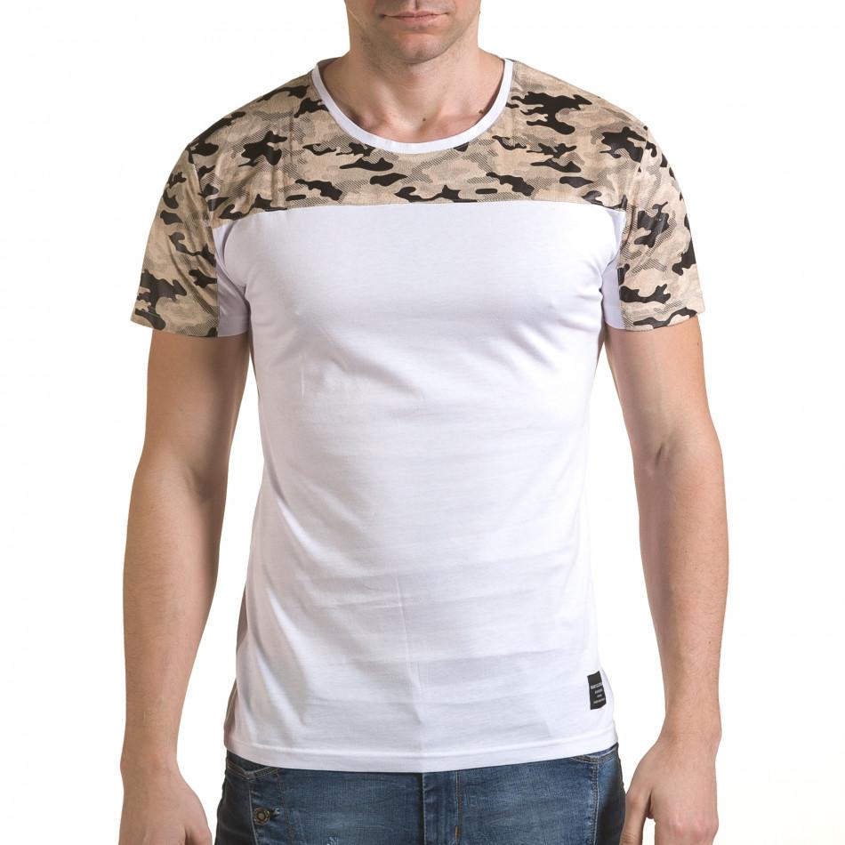 Мъжка бяла тениска с камуфлажна част на раменете il170216-45
