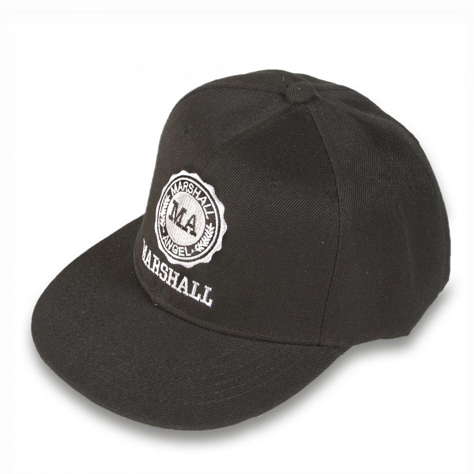Мъжка черна шапка с права козирка и емблема it220316-5