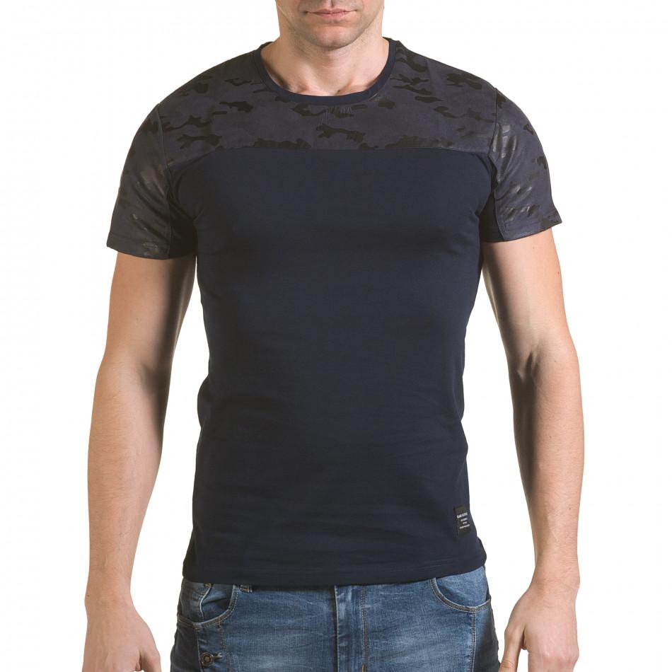 Мъжка синя тениска с камуфлажна част на раменете il170216-47