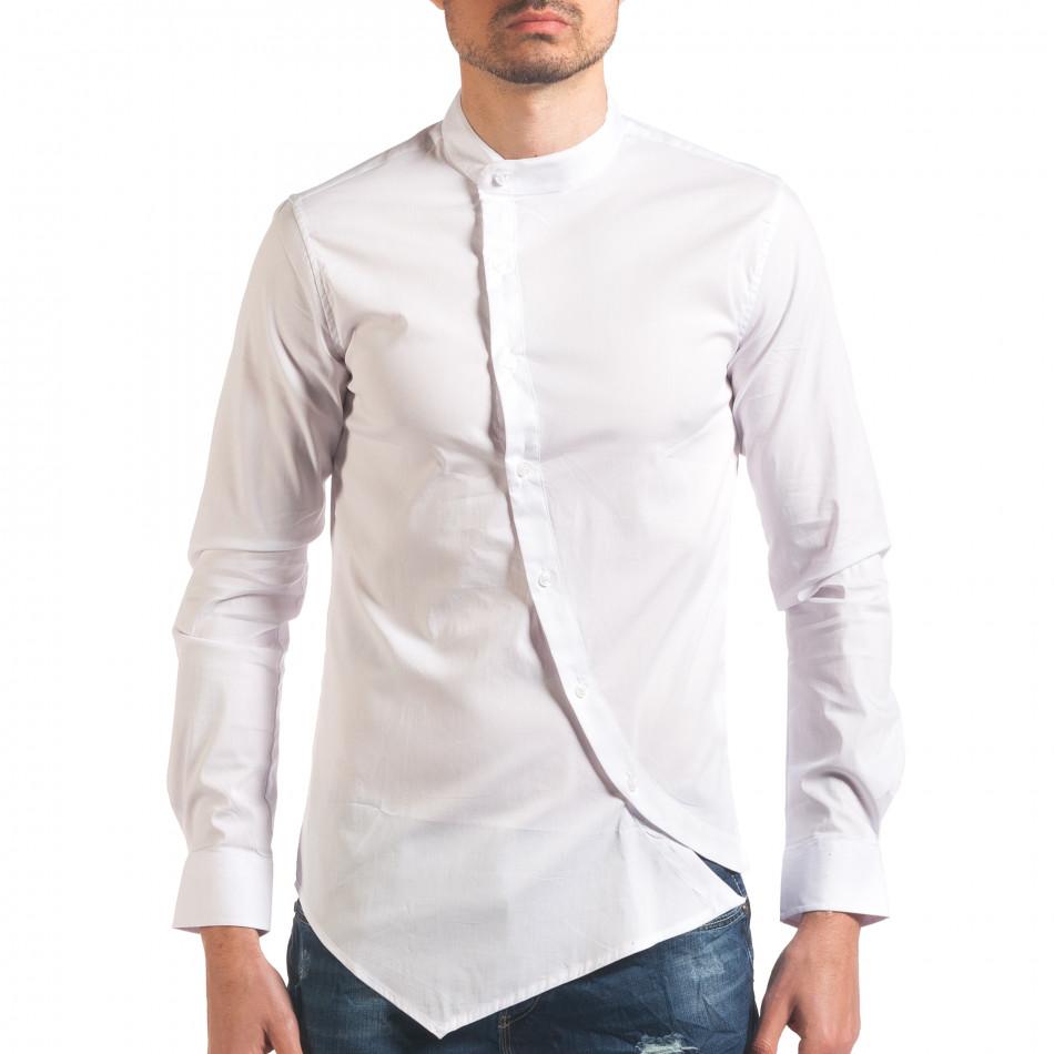 Бяла мъжка риза с асиметрично закопчаване it250416-98