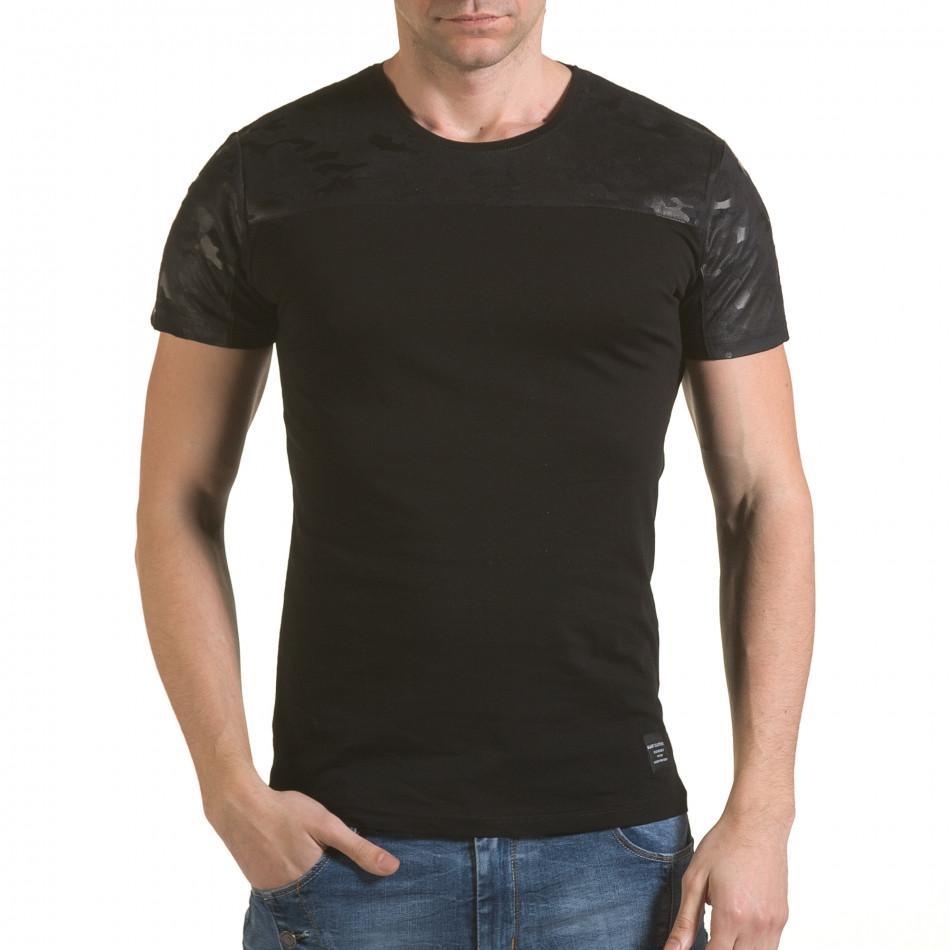 Мъжка черна тениска с камуфлажна част на раменете il170216-48