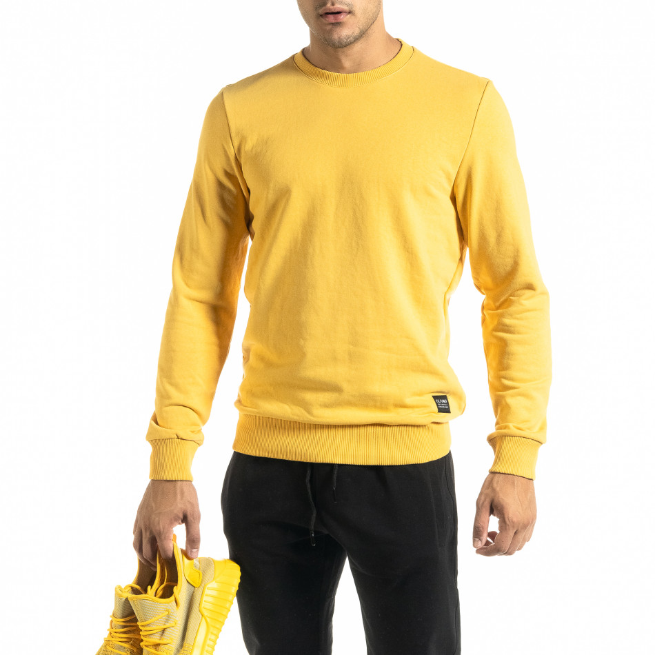 Basic мъжка памучна блуза в жълто tr020920-42