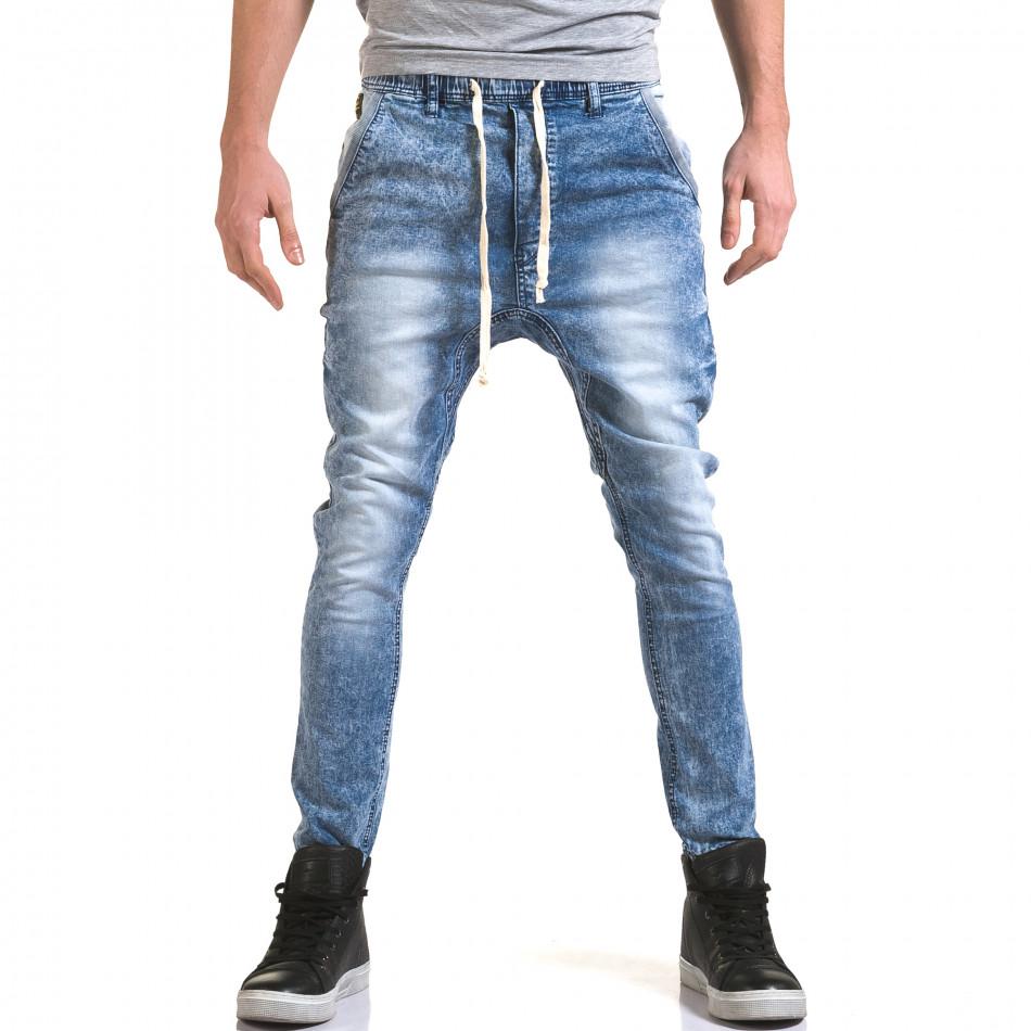 Мъжки светло сини дънки с кройка на долнище it090216-17