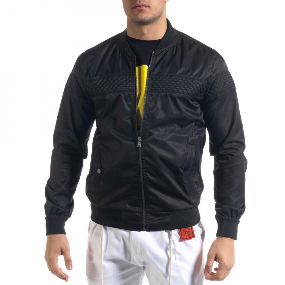 Леко мъжко яке-бомбър в черно tr110320-101