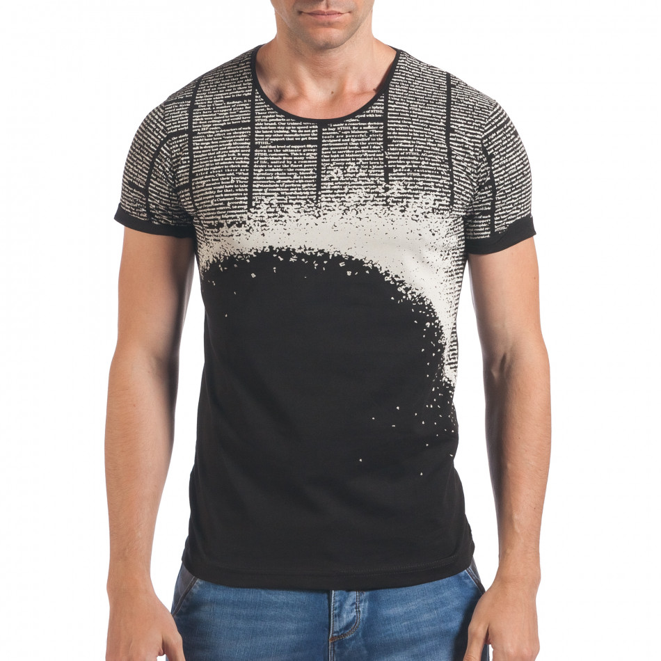 Мъжка черна тениска с вестникарски принт il060616-87