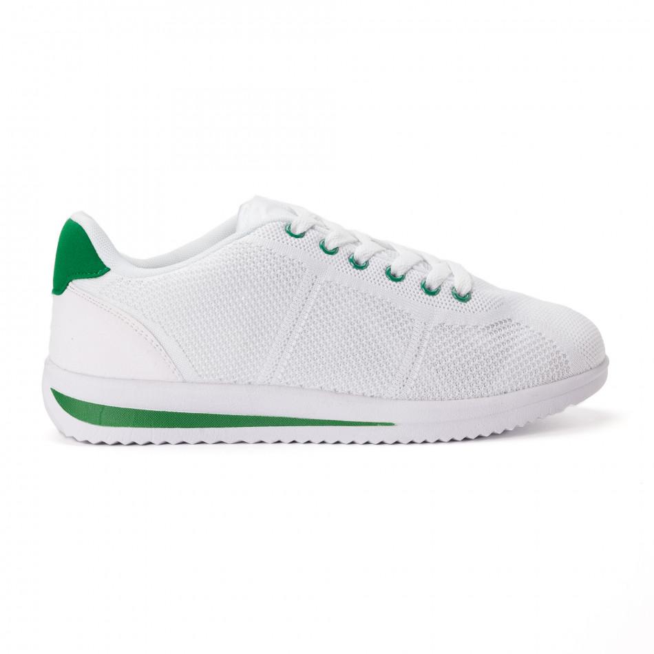 Леки мъжки маратонки от бял текстил със зелени акценти it020618-12