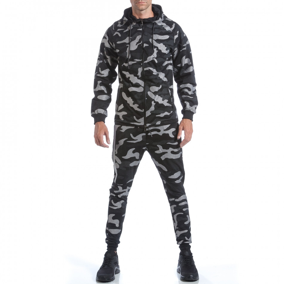 Мъжки спортен комплект черно-сив камуфлаж it160817-70