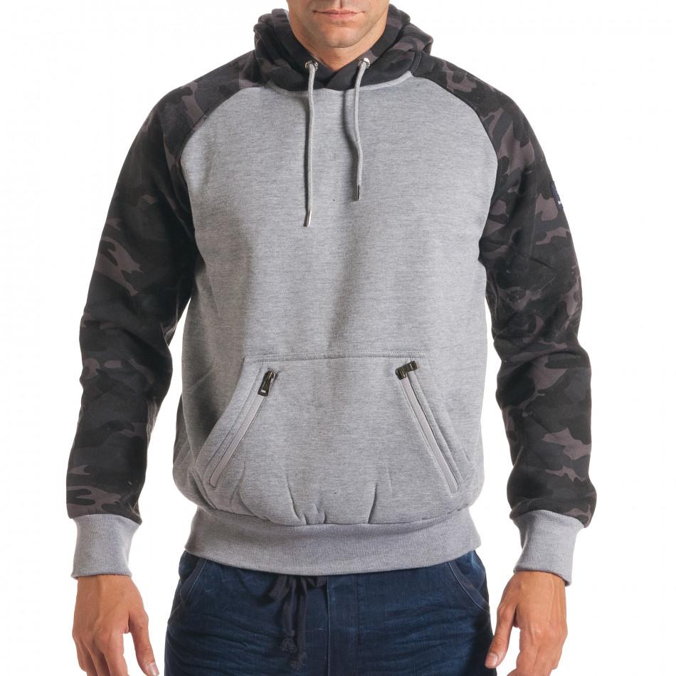 Мъжки сив суичър с камуфлажни ръкави it240816-39