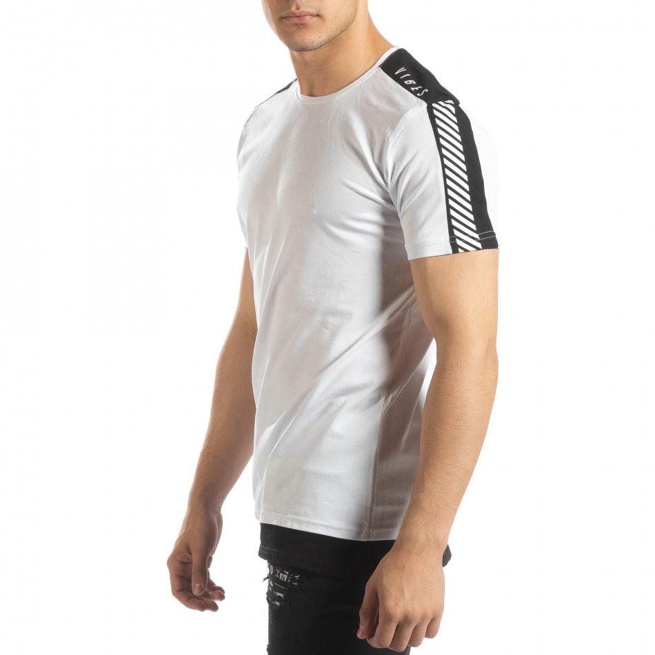 Бяла мъжка тениска с черно удължение it150419-84