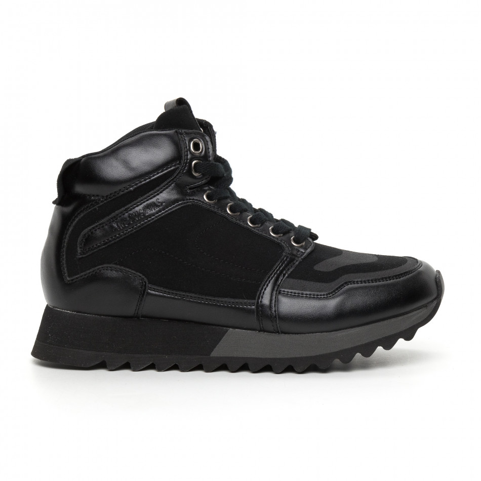 Мъжки високи спортни обувки в черно it130819-23